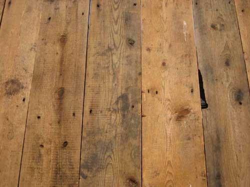 Oude grenen vloerdelen