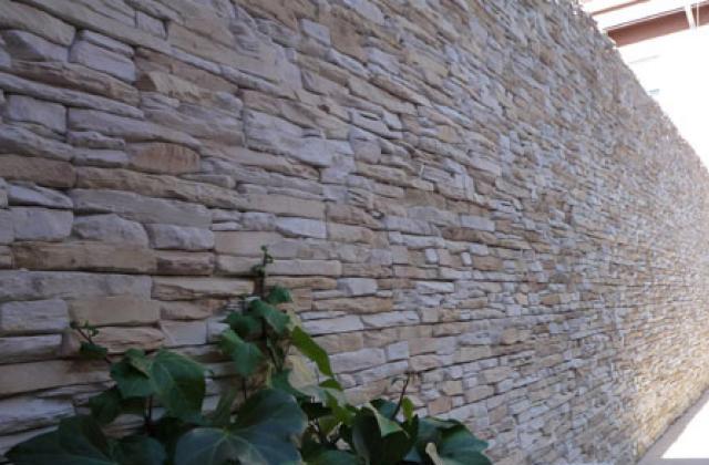 WANDBEKLEDING STRIPS steen Ecopiedra