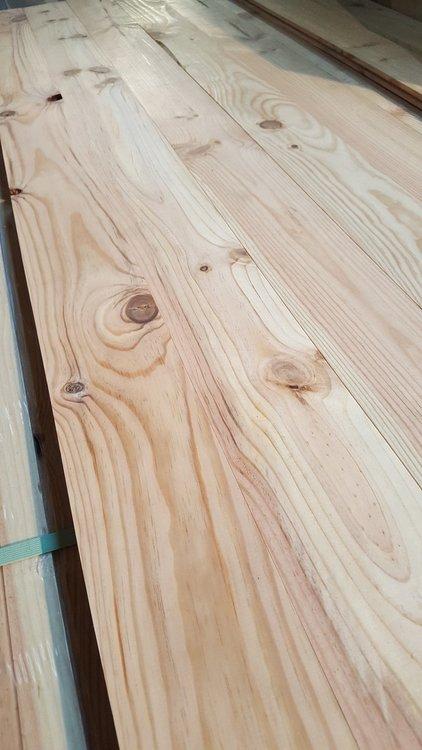 Pine vloerdelen 22mm dik 120mm breed
