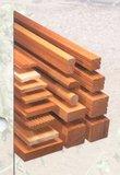 Hardhouten palen 85x85mm geschaafd 2.70m_