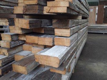 Antieke grenen planken / balken