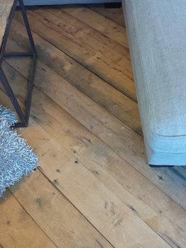 Antieke grenen vloerdelen 140mm breed