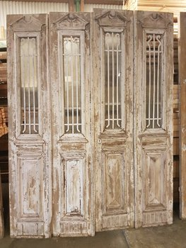 Antique door 195 x 252 cm