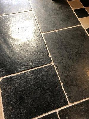 Hardsteen tegels  60x90cm Tres Antique Noir