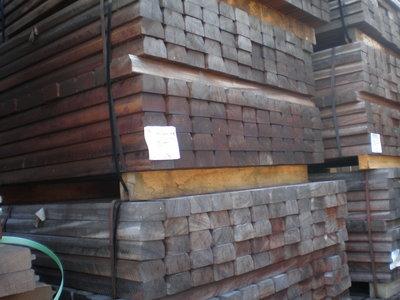 Hardhouten balken 45x80mm 1.00m lang