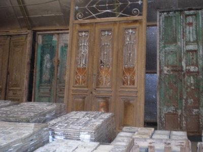 Antieke deuren, zie foto's