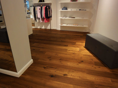 Oak floortiles, brushed/smoked/oiled
