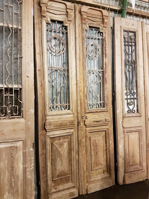 Antique double door 107 x 246 cm