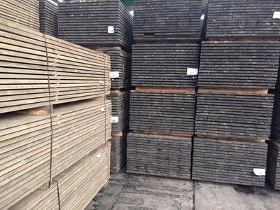 140 stuks steigerplanken 30x200mm 3.00m grijs