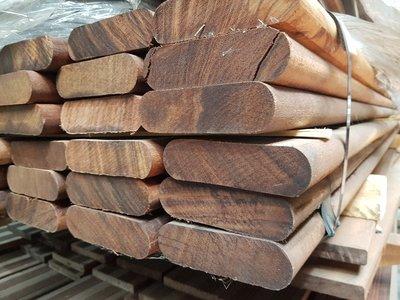 108 stuks hardhout rondhoek planken 35x120 mm x 250 cm