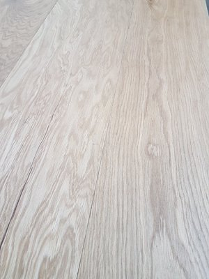 25,6 m2 Oak Floor Multitop 22 cm wide natural oiled.