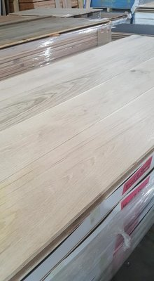 130m2 Oak floor, multilayer floortiles