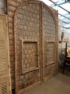 .Antieke toegangspoort/deur. 250 x 300 cm. Uniek!