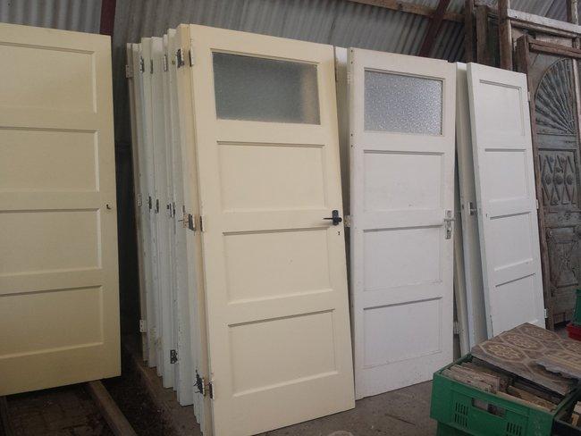 Oude deuren, paneeldeuren