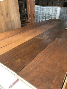 154m2 oak multi-floor brushed and oiled