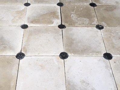Antieke cement tegels 20x20cm creme wit