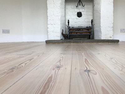 Pitch pine vloer, prachtige brede Amerikaans grenen vloerdelen