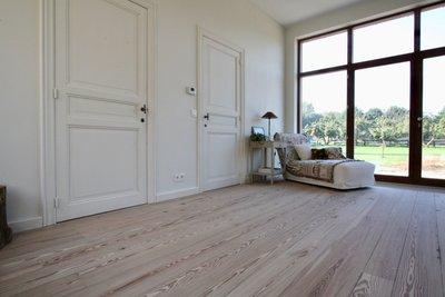 Pitch pine vloer, unieke Amerikaans grenen vloerdelen SOLD OUT!
