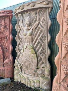 Deco standbeeld